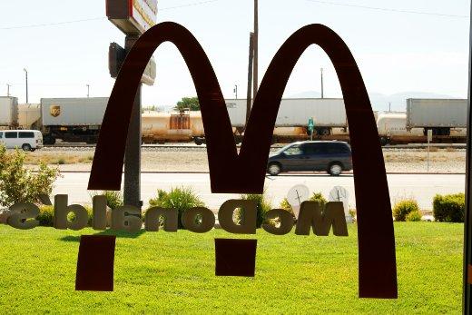 Mojave_McDo.jpg